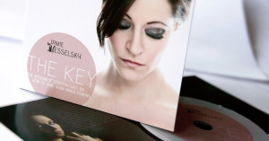 "CD Cover ""The Key"" von Irmie Vesselsky"