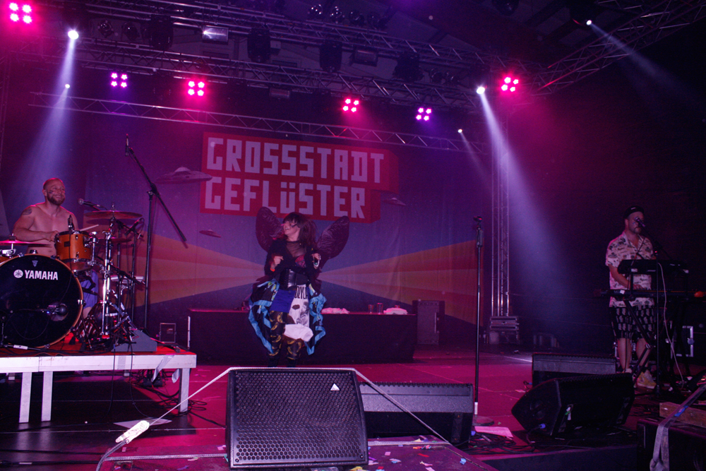 Grossstadtgeflüster live am Pfingstspektakel