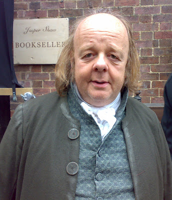 Roger Ashton Griffiths wird Mace Tyrell in Game Of Thrones