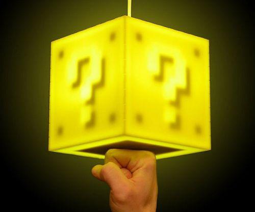 super-mario-bros-question-block-lamp-640x533
