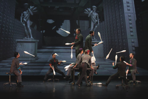cirque-éloize-cirkopolis-live-landestheater-linz-by-aylin-izci (1)