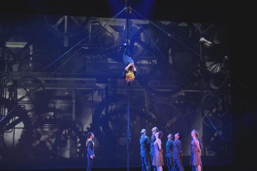 cirque-éloize-cirkopolis-live-landestheater-linz-by-aylin-izci