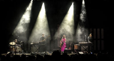 out-of-the-woods-festival-2017-live-feist-by-mario-baumgartner